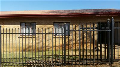 Jan Niemandpark for sale property. Ref No: 13551520. Picture no 1