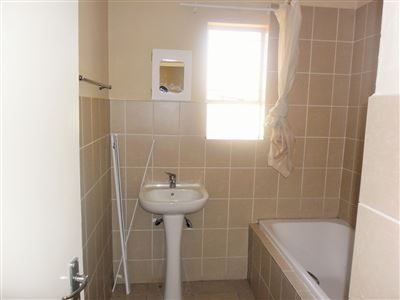 Brakpan property to rent. Ref No: 13551523. Picture no 12