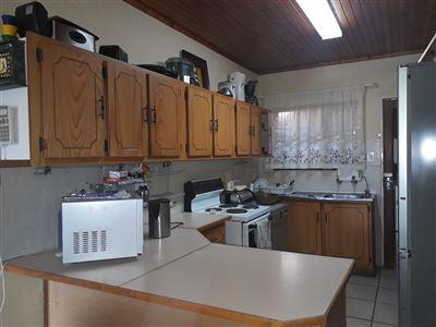 Geelhoutpark property for sale. Ref No: 13551677. Picture no 3
