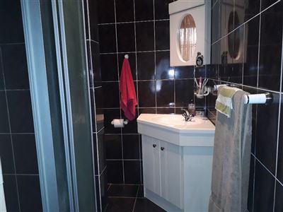 Geelhoutpark property for sale. Ref No: 13551677. Picture no 7