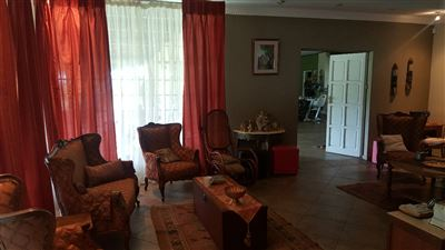 Derdepoort property for sale. Ref No: 13551745. Picture no 14