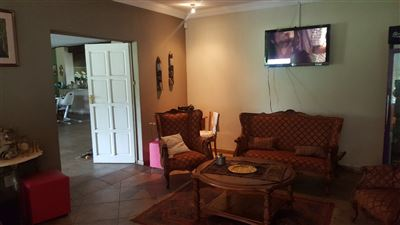 Derdepoort property for sale. Ref No: 13551745. Picture no 15