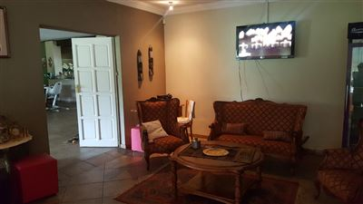 Derdepoort property for sale. Ref No: 13551745. Picture no 16