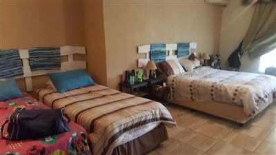 Derdepoort property for sale. Ref No: 13551745. Picture no 38