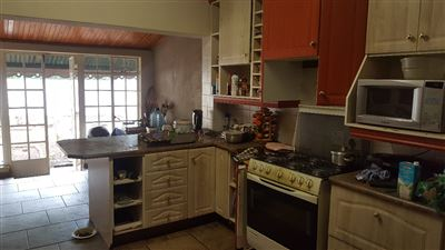 Derdepoort property for sale. Ref No: 13551745. Picture no 44