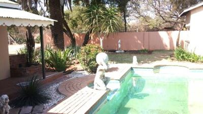 Derdepoort property for sale. Ref No: 13551745. Picture no 12