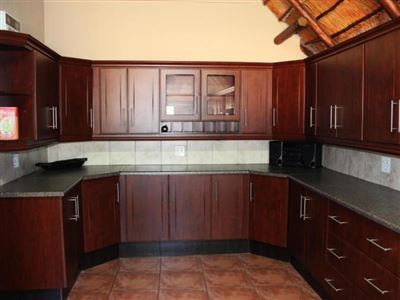 Lephalale property for sale. Ref No: 13552402. Picture no 11