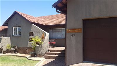 Alberton, Brackendowns Property  | Houses For Sale Brackendowns, Brackendowns, House 4 bedrooms property for sale Price:1,650,000