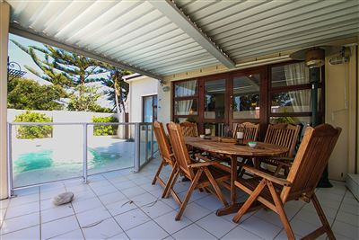 Lakeside property for sale. Ref No: 13553114. Picture no 1