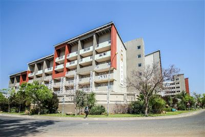 Bloemfontein, Universitas Property  | Houses For Sale Universitas, Universitas, Apartment 2 bedrooms property for sale Price:770,000
