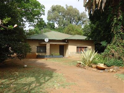 Marikana, Marikana Property  | Houses For Sale Marikana, Marikana, Farms 4 bedrooms property for sale Price:1,890,000