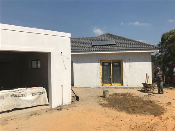 Big and Brand New House in Durbanville