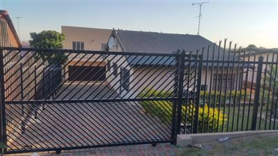 Centurion, Laudium Property  | Houses To Rent Laudium, Laudium, House 3 bedrooms property to rent Price:,  6,00*