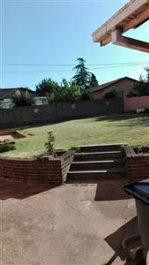 Rose Acres Estate property for sale. Ref No: 13553819. Picture no 22