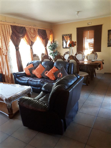 Property and Houses for sale in Witbank Xx Ext, House, 3 Bedrooms - ZAR 915,000