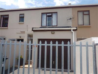 Bellville, Oakdale Property    Houses For Sale Oakdale, Oakdale, House 3 bedrooms property for sale Price:1,075,000