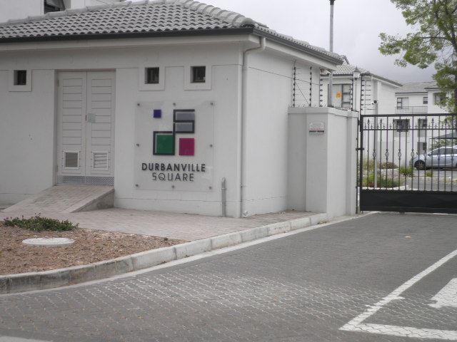 Modern 2 bedroom apartment in popular Durbanville Square