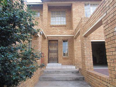 Rustenburg, Azalea Park Property  | Houses For Sale Azalea Park, Azalea Park, House 4 bedrooms property for sale Price:1,615,000