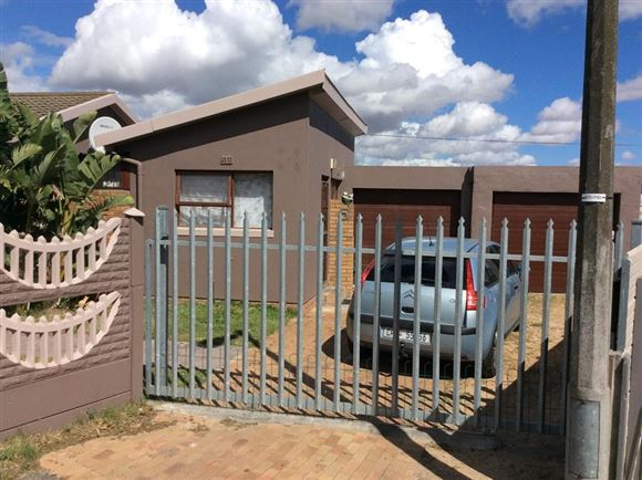 Neat Home Peerless Park North, Kraaifontein