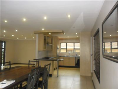East London, Beacon Bay Property  | Houses To Rent Beacon Bay, Beacon Bay, House 4 bedrooms property to rent Price:, 13,00*