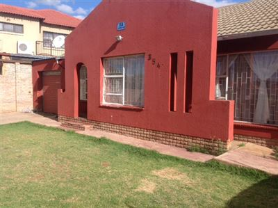 Roodepoort, Davidsonville Property  | Houses For Sale Davidsonville, Davidsonville, House 3 bedrooms property for sale Price:570,000