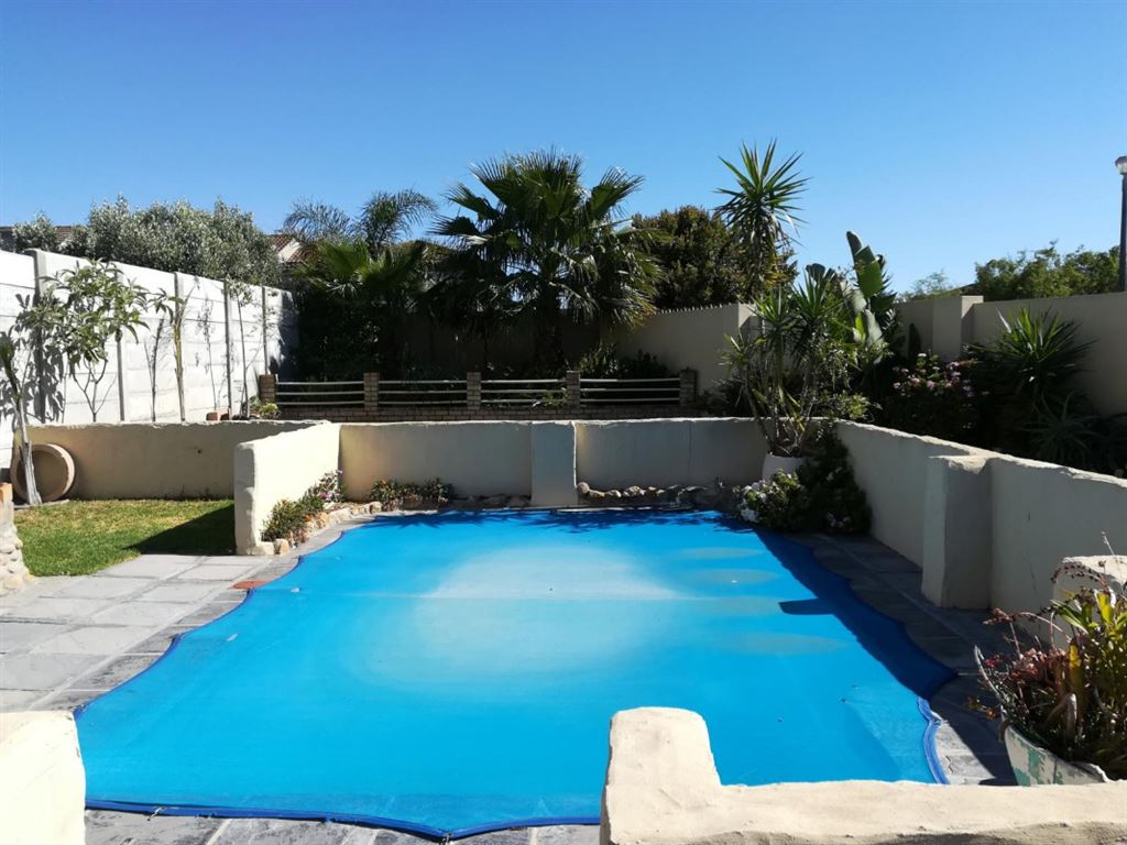 A Home You Want To Raise Your Family In, Brackenfell