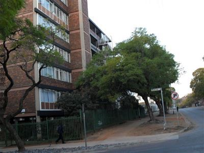 Property and Houses for sale in Gauteng - Page 1761, Flats, 3 Bedrooms - ZAR 420,000