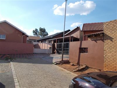 Johannesburg, Riverlea Property  | Houses For Sale Riverlea, Riverlea, House 3 bedrooms property for sale Price:690,000