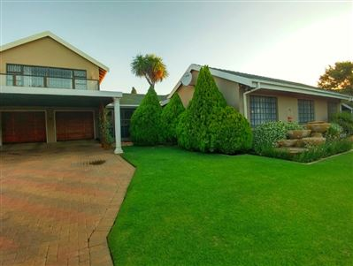 Potchefstroom, Van Der Hoff Park And Ext Property  | Houses For Sale Van Der Hoff Park And Ext, Van Der Hoff Park And Ext, House 3 bedrooms property for sale Price:2,290,000