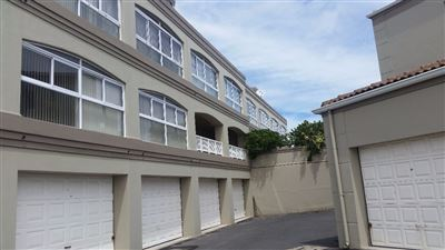 Apartment for sale in Yzerfontein