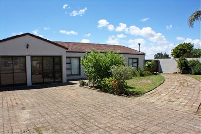 Durbanville, The Crest Property    Houses For Sale The Crest, The Crest, House 3 bedrooms property for sale Price:2,590,000