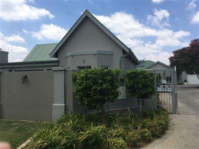 Parys property for sale. Ref No: 13562941. Picture no 1