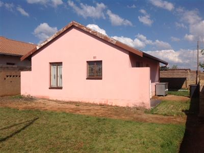 Kagiso property for sale. Ref No: 13563544. Picture no 2