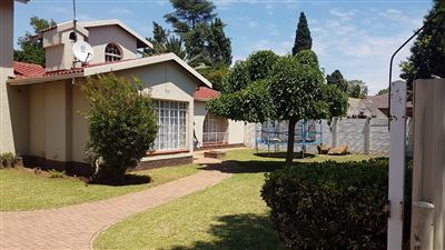 Alberton, Brackendowns Property  | Houses For Sale Brackendowns, Brackendowns, House 5 bedrooms property for sale Price:1,690,000
