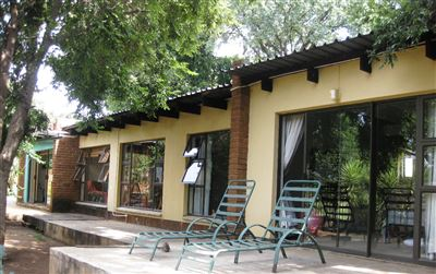 Property and Houses for sale in Meyerspark, House, 4 Bedrooms - ZAR 1,900,000