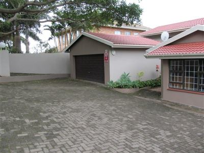 Uvongo property for sale. Ref No: 13564153. Picture no 34