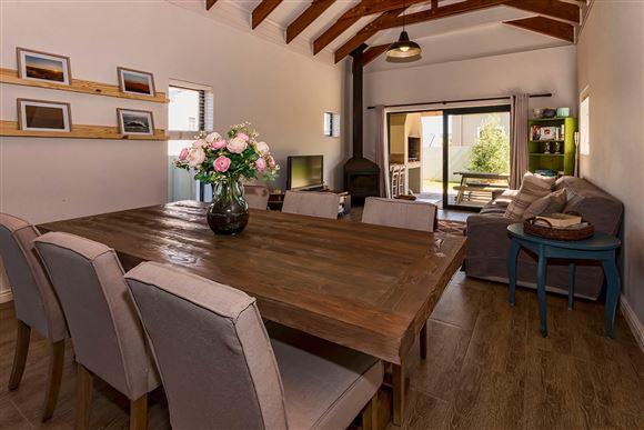 New Barn Style Home in Kelderhof Country Village