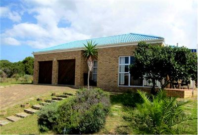 Property and Houses for sale in Jongensfontein, House, 3 Bedrooms - ZAR 1,895,000