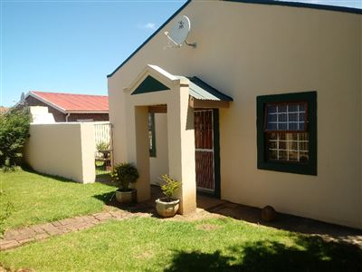 Fort Beaufort property for sale. Ref No: 13565435. Picture no 2