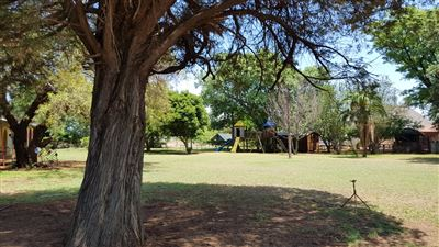 Rustenburg And Ext property for sale. Ref No: 13565579. Picture no 5