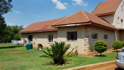 Rustenburg And Ext property for sale. Ref No: 13565638. Picture no 1