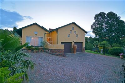 Roodepoort, Wilro Park Property  | Houses For Sale Wilro Park, Wilro Park, House 3 bedrooms property for sale Price:1,380,000