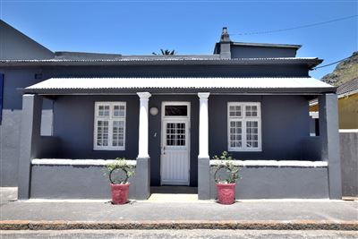 Cape Town, Muizenberg Property  | Houses To Rent Muizenberg, Muizenberg, House 2 bedrooms property to rent Price:,  1,00*
