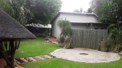 Property and Houses for sale in Hatfield, House, 3 Bedrooms - ZAR 3,300,000