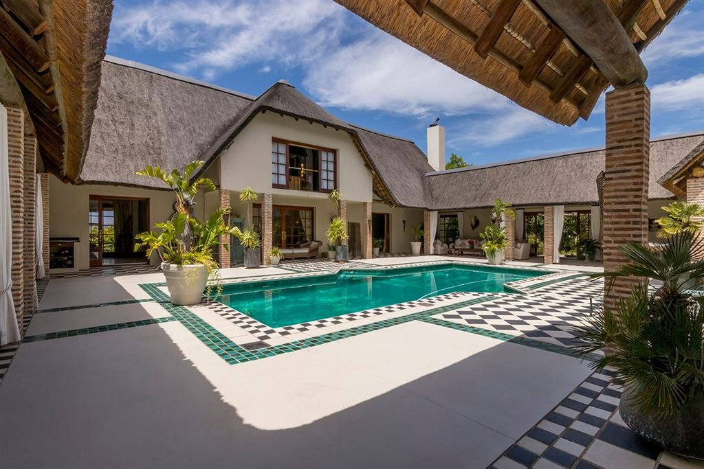 Moroccan-inspired Thatch in World-Class Erinvale Golf Estate
