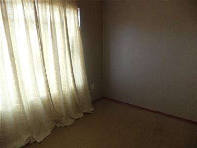 Tlhabane West property for sale. Ref No: 13568677. Picture no 12