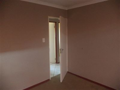 Tlhabane West property for sale. Ref No: 13568677. Picture no 18