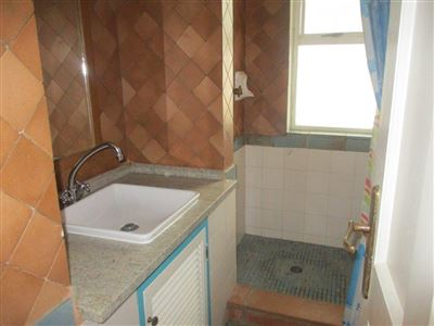 Port Edward property for sale. Ref No: 13541344. Picture no 21