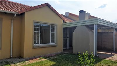 Pretoria, Willow Park Manor Property  | Houses For Sale Willow Park Manor, Willow Park Manor, Townhouse 3 bedrooms property for sale Price:1,060,000