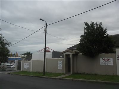 Property and Houses to rent in Eastern Cape, House, 5 Bedrooms - ZAR , 17,00*,M